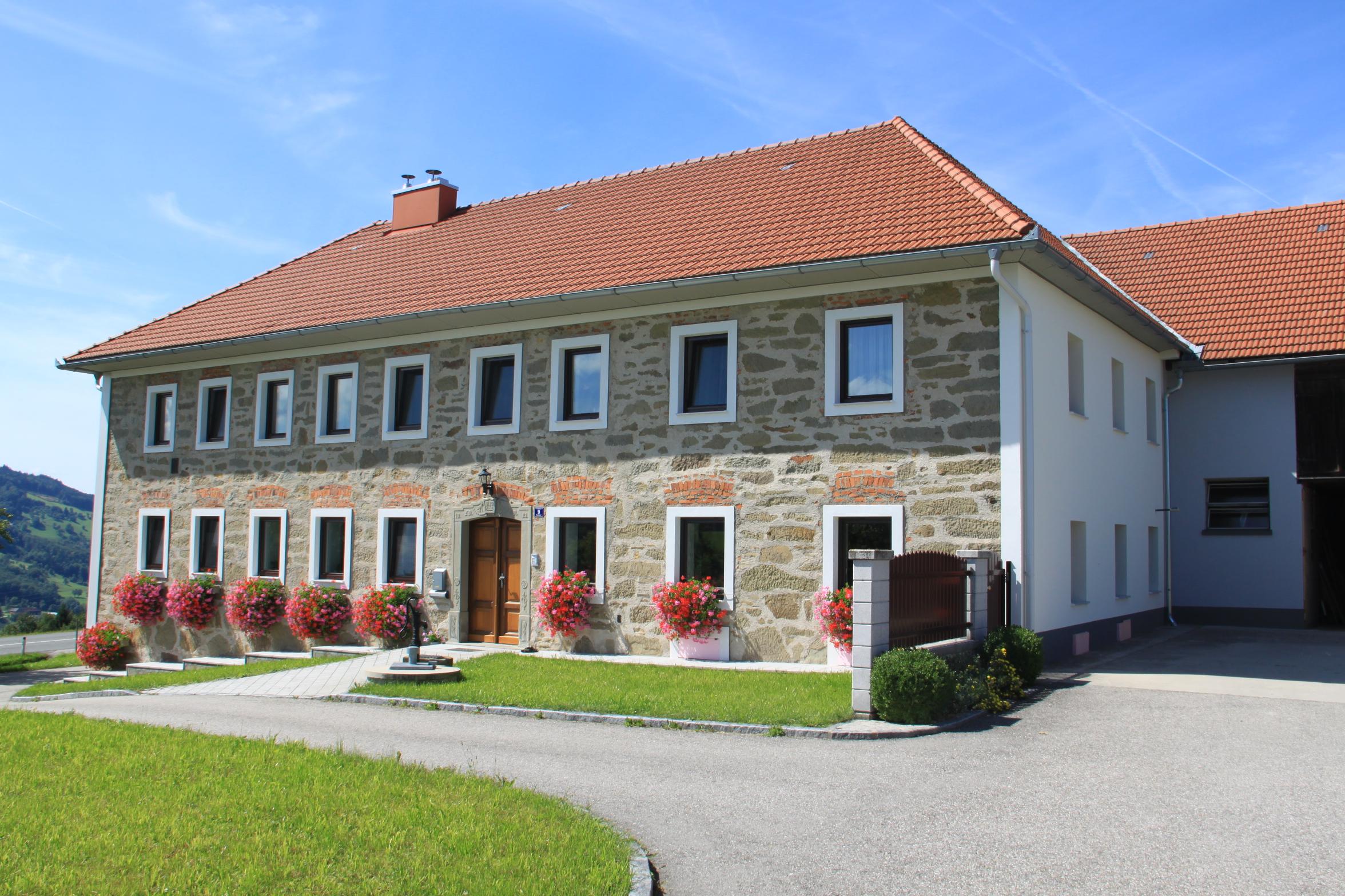 http://www.der-bauberater.at/wp-content/uploads/2017/10/Umbau-4kant-Bauernhof_02.jpg